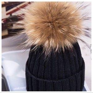 Accessories - ☃️🧤Winter Raccoon Fur Pom Pom Ski Hat☃️🧤